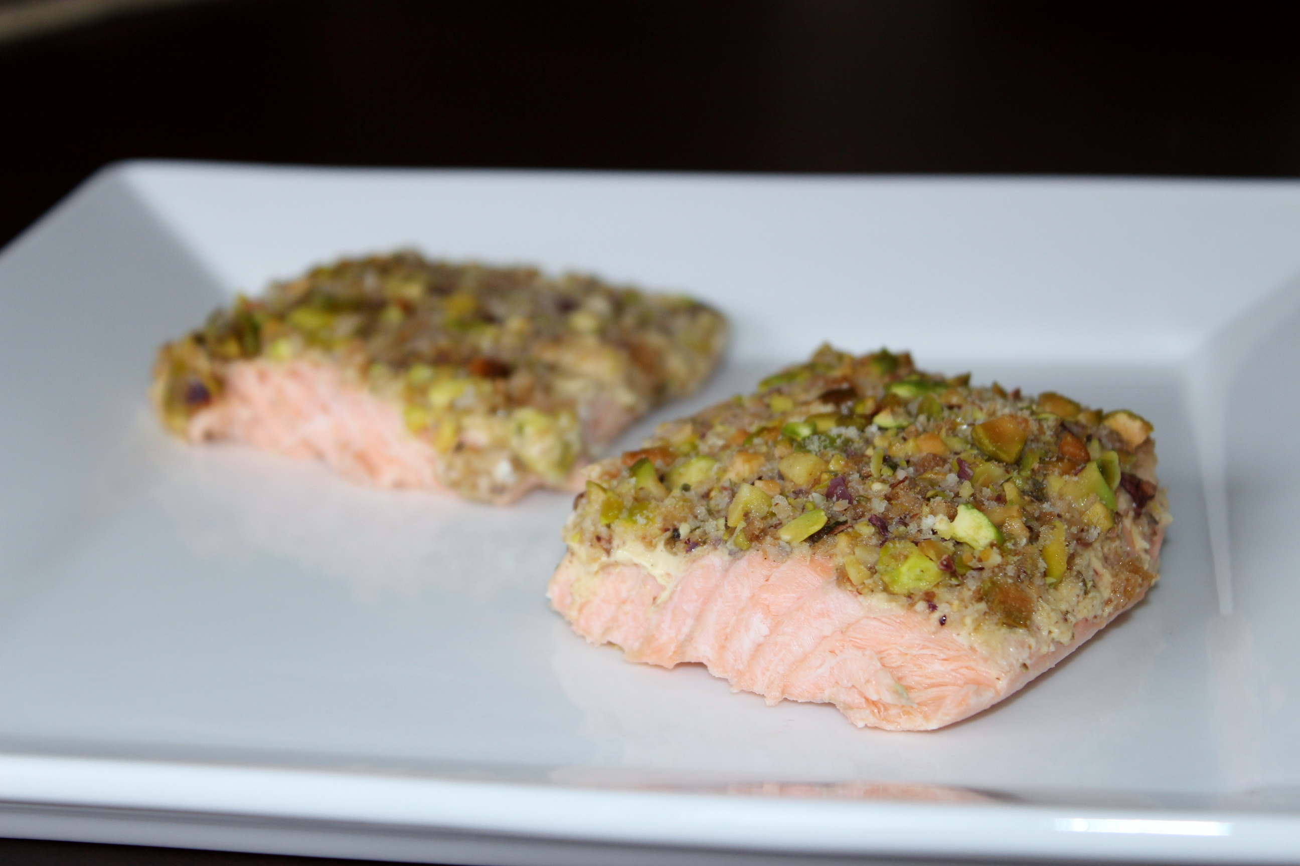 Pistachio crusted salmon easy peasy eats for Pistachio crusted fish