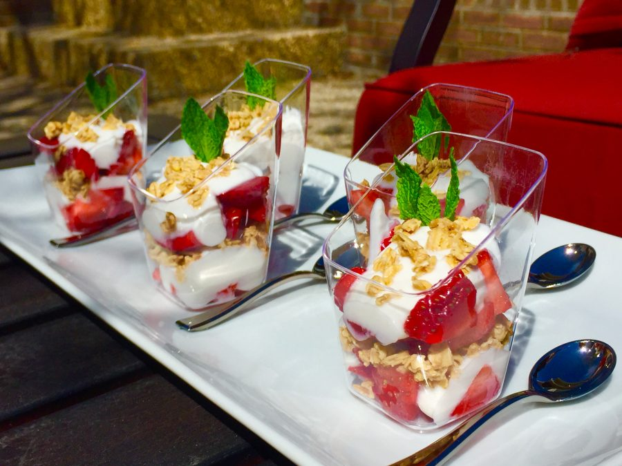 Layered Strawberry Parfaits